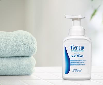 舒缓滋养泡沫洗手液