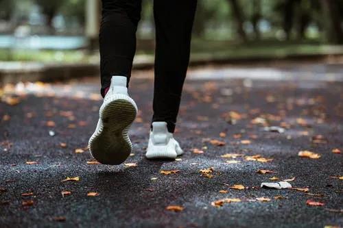 有氧代谢运动是增进健康的最佳方式