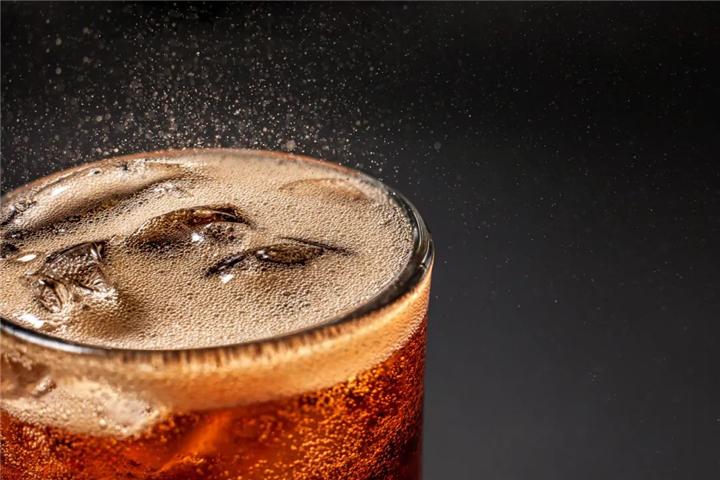 """碳酸饮料的几大""""罪行"""""""